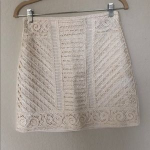 H&M White Embroidered  Mini Skirt